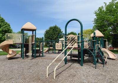 MeadowsPark_Playground2